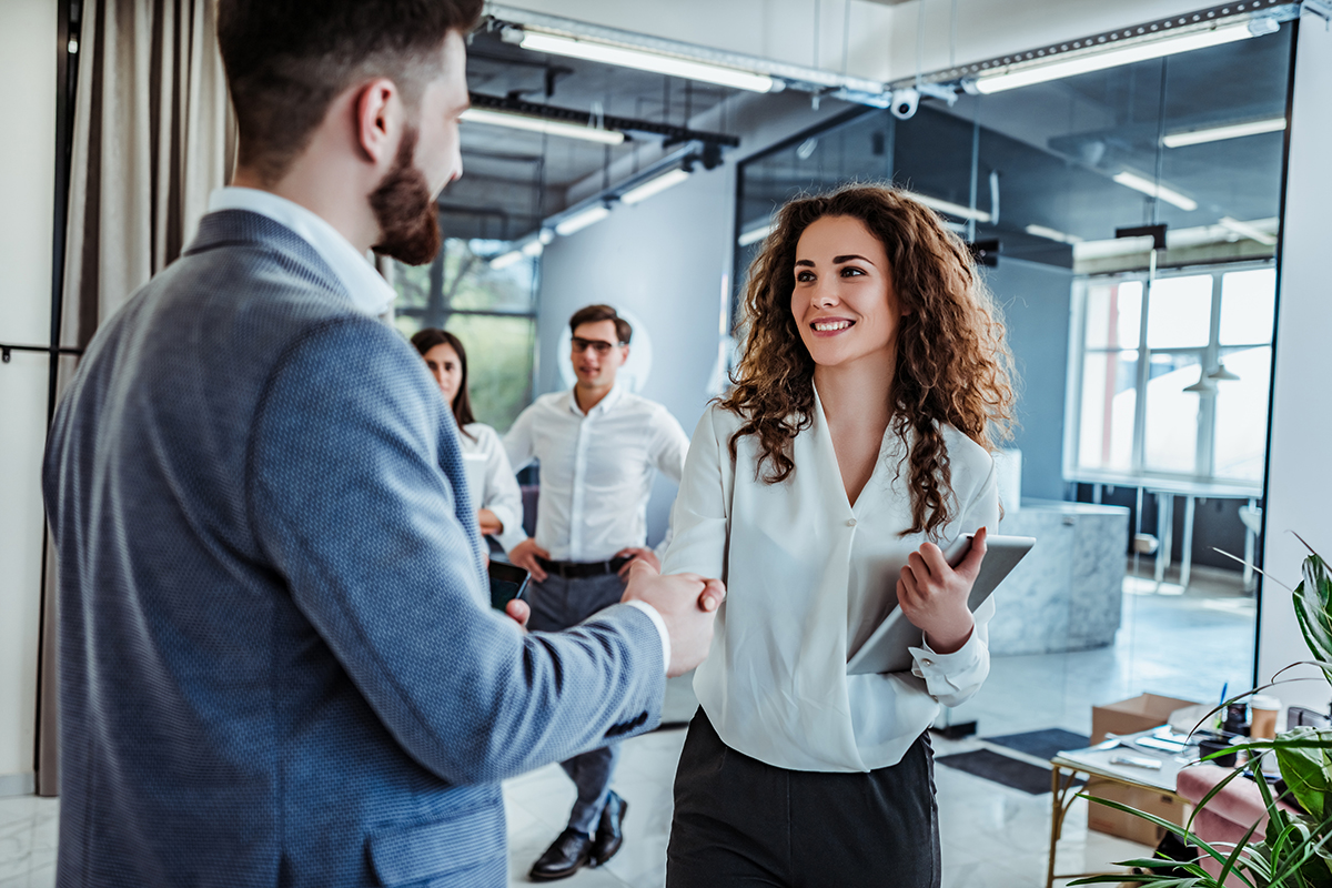 Formation Social Selling : gagner de nouveaux clients l'art d'utiliser les réseaux sociaux dans sa stratégie B to B – Bloc 2 Titre pro Conseiller (e) Commercial